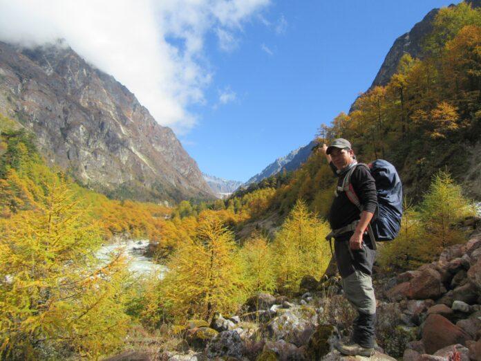 Cho La Pass Trek In Nepal